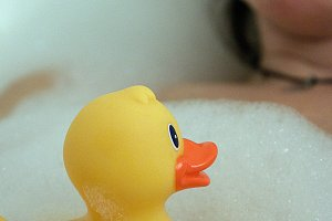 Bathing with a yellow rubber duck II