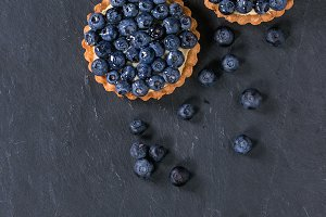 Tartlet with blueberries