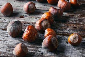 walnuts with hazelnuts