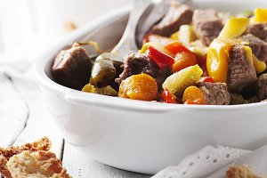 Stewed meat with carrot and paprika