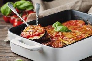 Italian parmigiana with eggplant