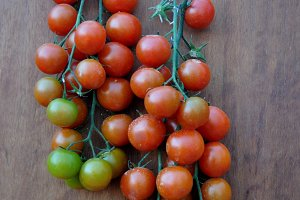 bunches of cherry tomatoes