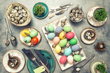 Easter decoration table setting