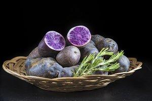 Vitelotte or blue-violet potatoes