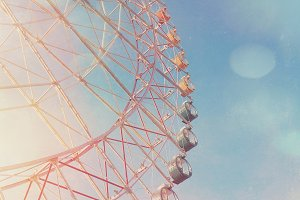 Ferris wheel with light leaks