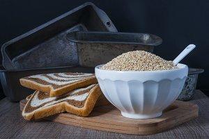 Bread molds and Quinoa