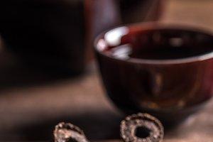 Dry pressed pu-erh tea