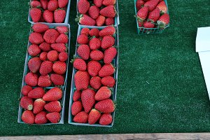 Strawberry Farmer's Market