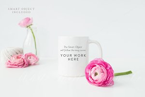 Styled mug mock up - Psd+Jpeg