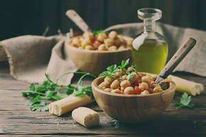 Vegetarian chickpea with tomato