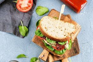 Chicken and spinach sandwich