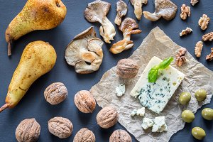 Blue cheese with appetizers