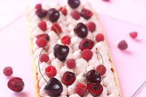 White Chocolate Berry Mousse Cake