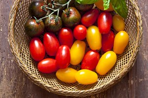 multicolor red and yellow cherry