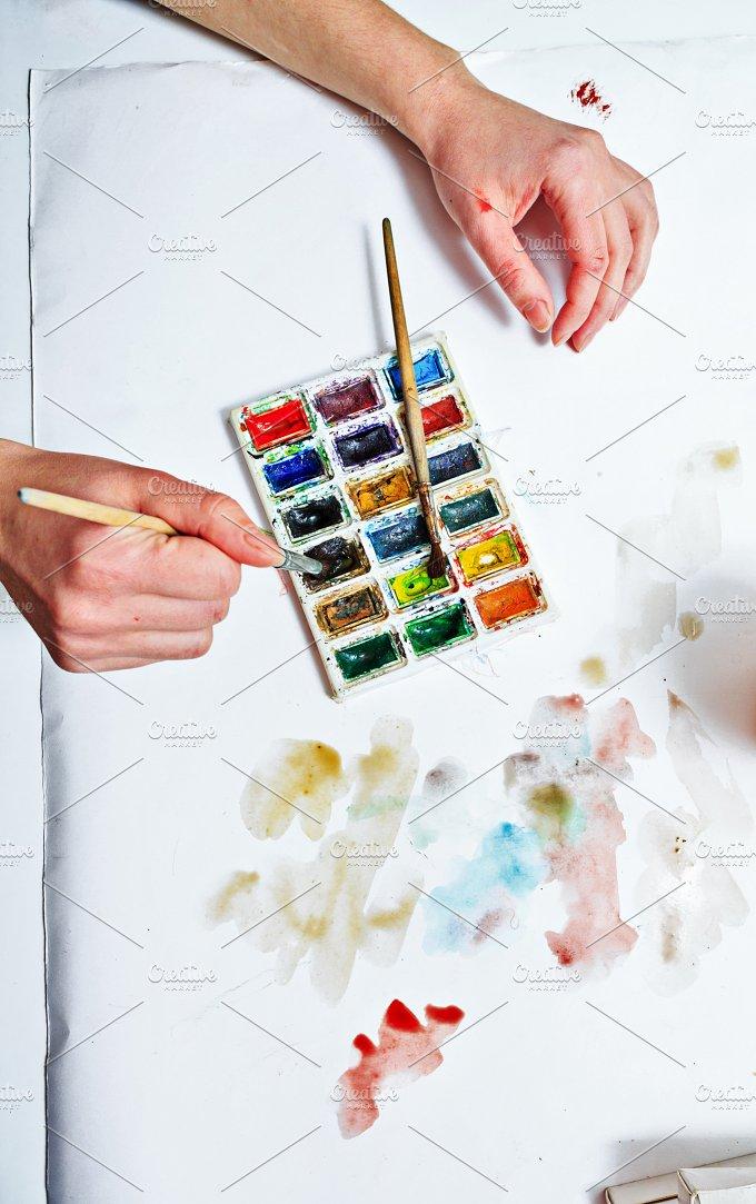 Watercolor paints. Artist draw - Arts & Entertainment