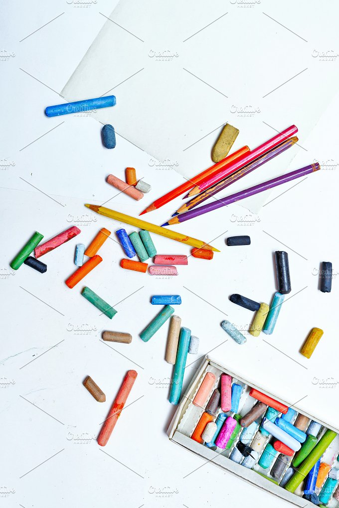 Colored pencils and crayons. Arts - Arts & Entertainment