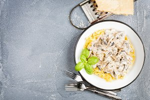 Tagliatelle pasta with mushrooms