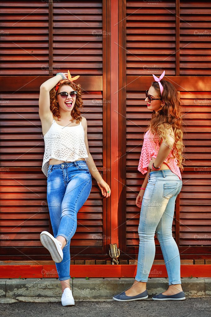 Best girlfriends. Pin-up style. - People