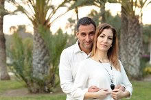 Couple in a park in Elche