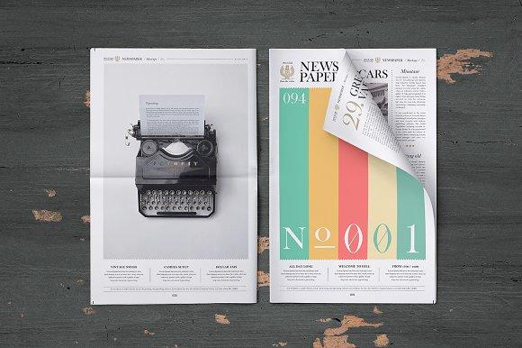 Download Newspaper Mock-Up Set
