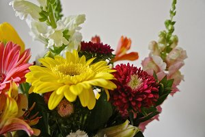 Hi-Res Bouquet Still Life 3