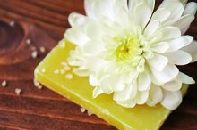 Spa composition with  soap, sea salt and flower