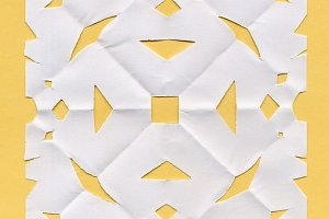 Square paper doily