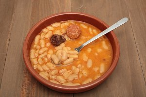 Asturian bean stew in a clay