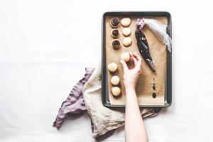 Making French Macarons