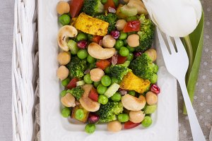 Vegetarian salad with cheese