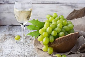 Green grape and glass of wine