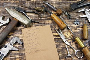 Tools and the tools list on table