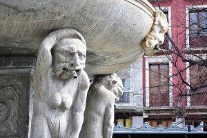 giant Neptune Fountain