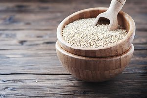 Raw healthy quinoa