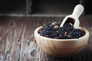 Raw black tea