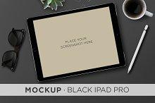Mockup . Black iPad Pro & Pencil