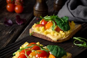 Scrambled eggs toast for breakfast