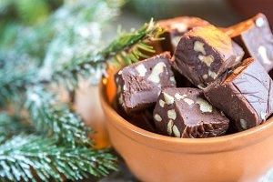 Fudge with hazelnuts