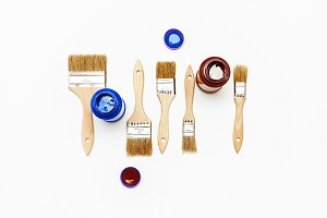 Set of five new renovation brushes