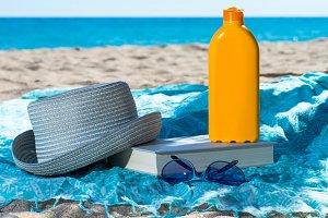 set sunscreen on the beach