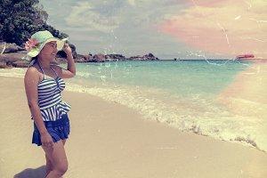 Old photos girl happy on the beach
