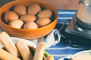 Cooking tiramisu dessert