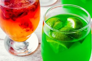 jelly drink with kiwi and oranges