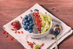 Smoothie bowl with berries and chia
