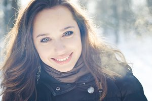 Winter portrait of brunette