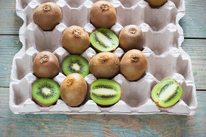 juicy kiwi in a tray
