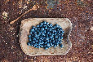 Blueberries in a rustic serving dish