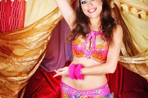 Oriental beauty dancing belly dance