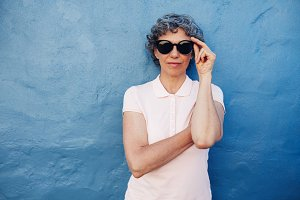 Stylish mature woman with sunglasses