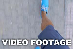 Timelapse of male feet walkin
